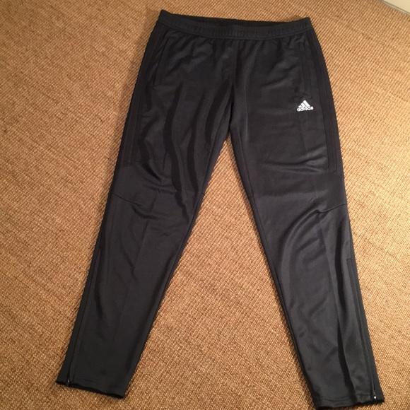 Adidas pantaloni nwot climacool Uomo in pantaloni poshmark